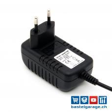 5V DC 3000mA Stecknetzteil AC/DC-Adapter 5.5mm/2.1mm Stecker